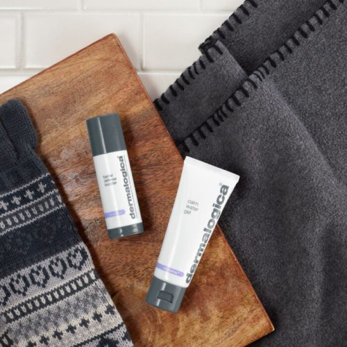 calm_water_gel_and_barrier_defense_booster_on_wood_and_sweater